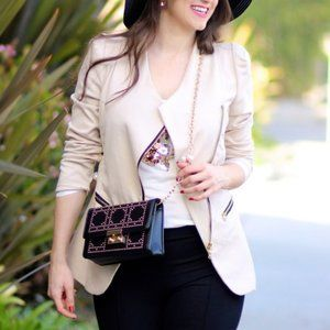 Beige cloth blazer